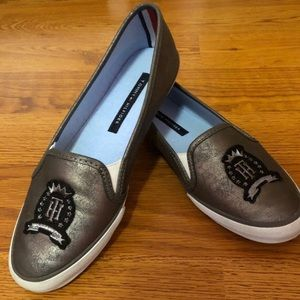 NWT Tommy Hilfiger Woman Loafer